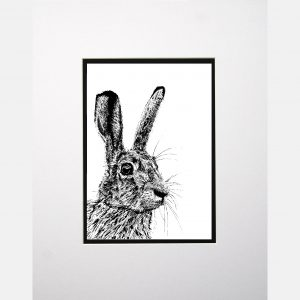 LE print startled hare white